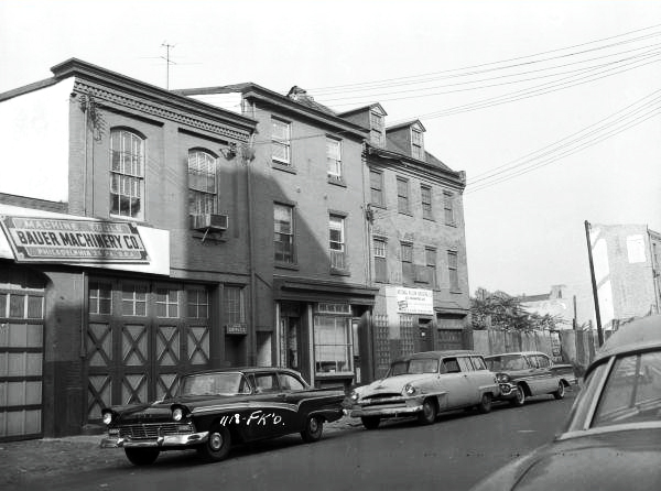 Black and White Photo of Frankford Avenue on October 9, 1958